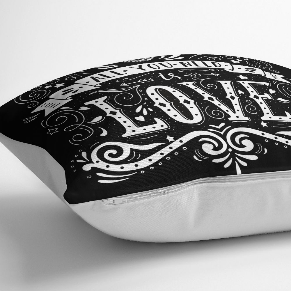 Siyah Love Baskılı Dekoratif Yastık Kırlent Kılıfı Realhomes