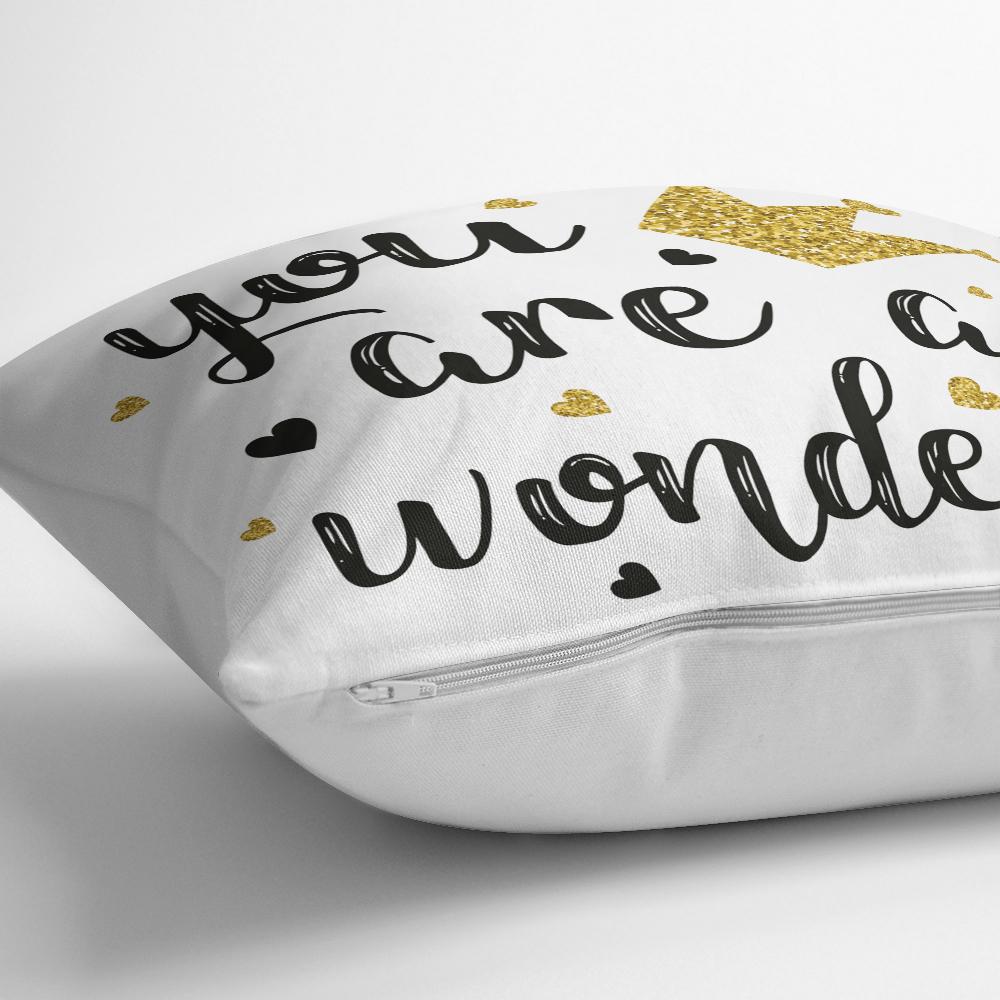 Yaldızlı Yazı Desenli Dijital Baskılı Dekoratif Kırlent Kılıfı Realhomes