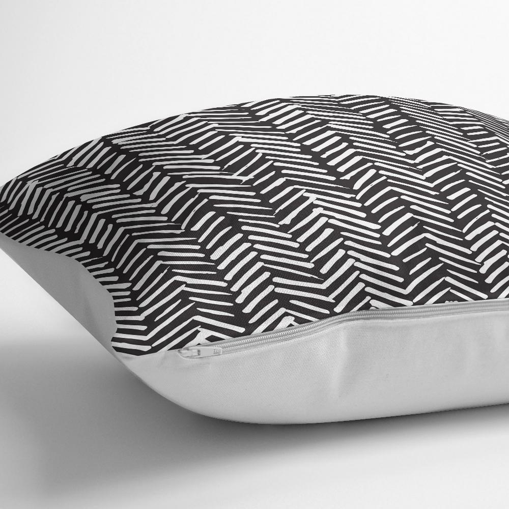 Siyah Beyaz Çizgili Dijital Baskılı Dekoratif Kırlent Kılıfı Realhomes