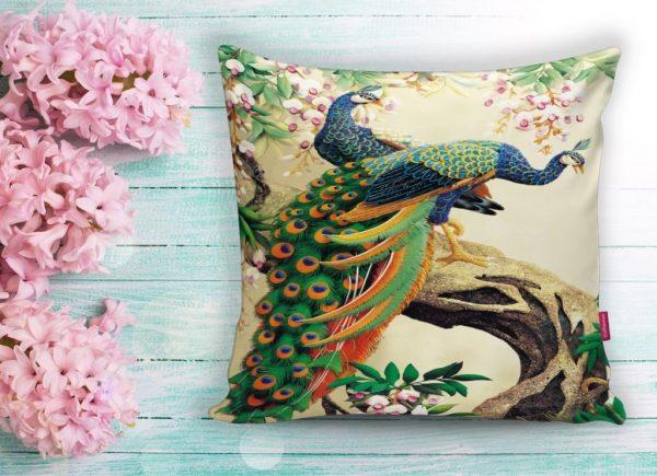 Tavuz Kuşu Dijital Baskılı Dekoratif Yastık Kırlent Kılıfı Realhomes