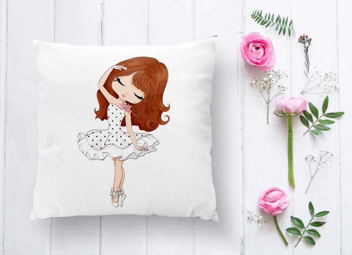 Fashion Girl Desenli Dekoratif Yastık Kırlent Kılıfı Realhomes