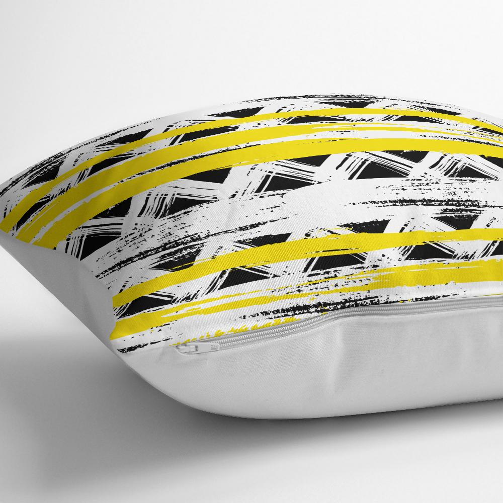 Sarı Siyah Üçgen ve Çizgiler Desenli Dekoratif Yastık Kırlent Kılıfı Realhomes