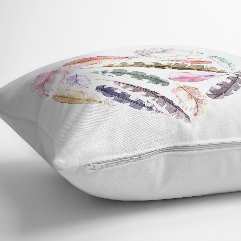 Renkli Tüyler Kalp Motifli Dekoratif Yastık Kırlent Kılıfı Realhomes