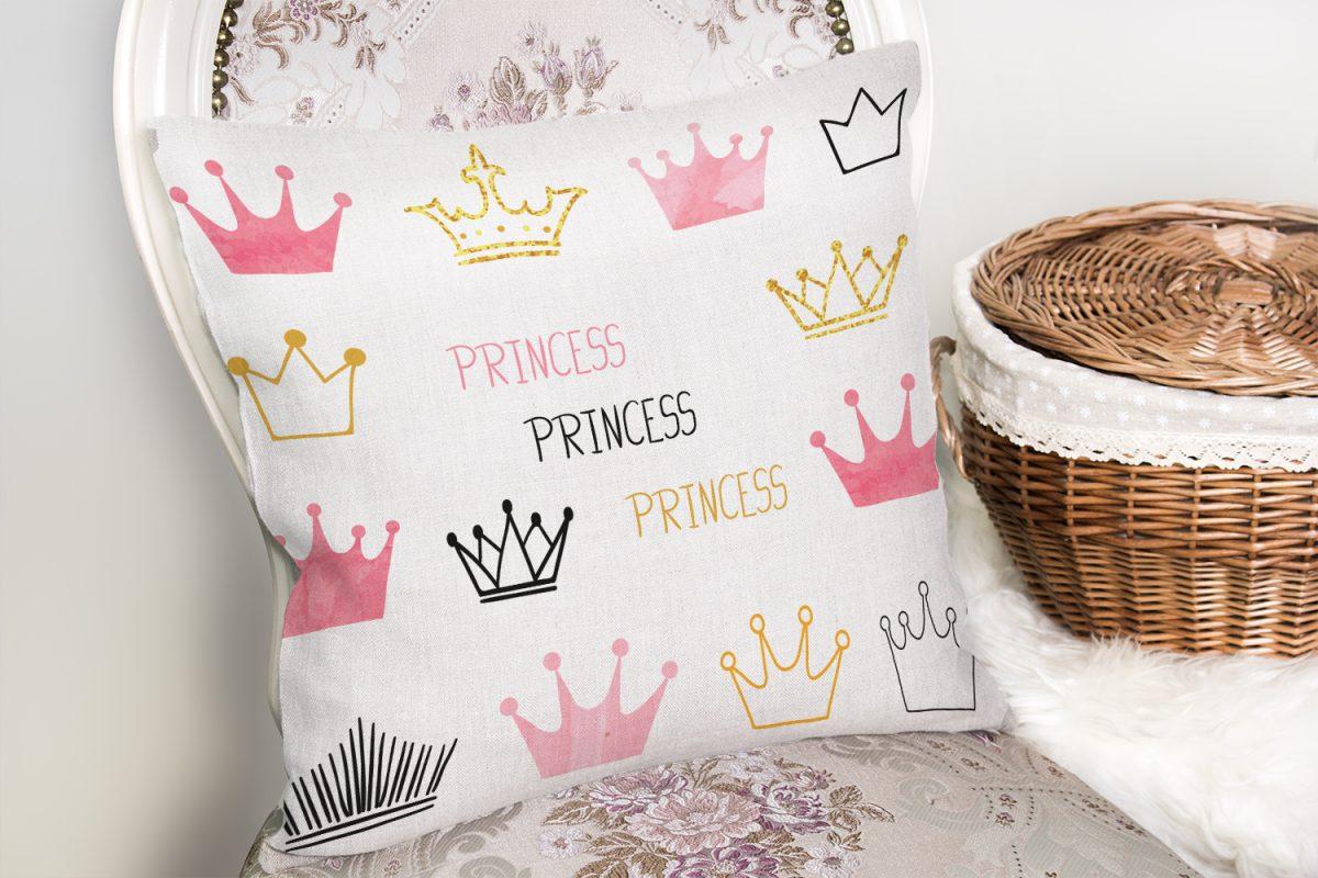 Üç Renkli Prenses Tacı Motifli Modern Dijital Baskılı Yastık Kılıfı Realhomes