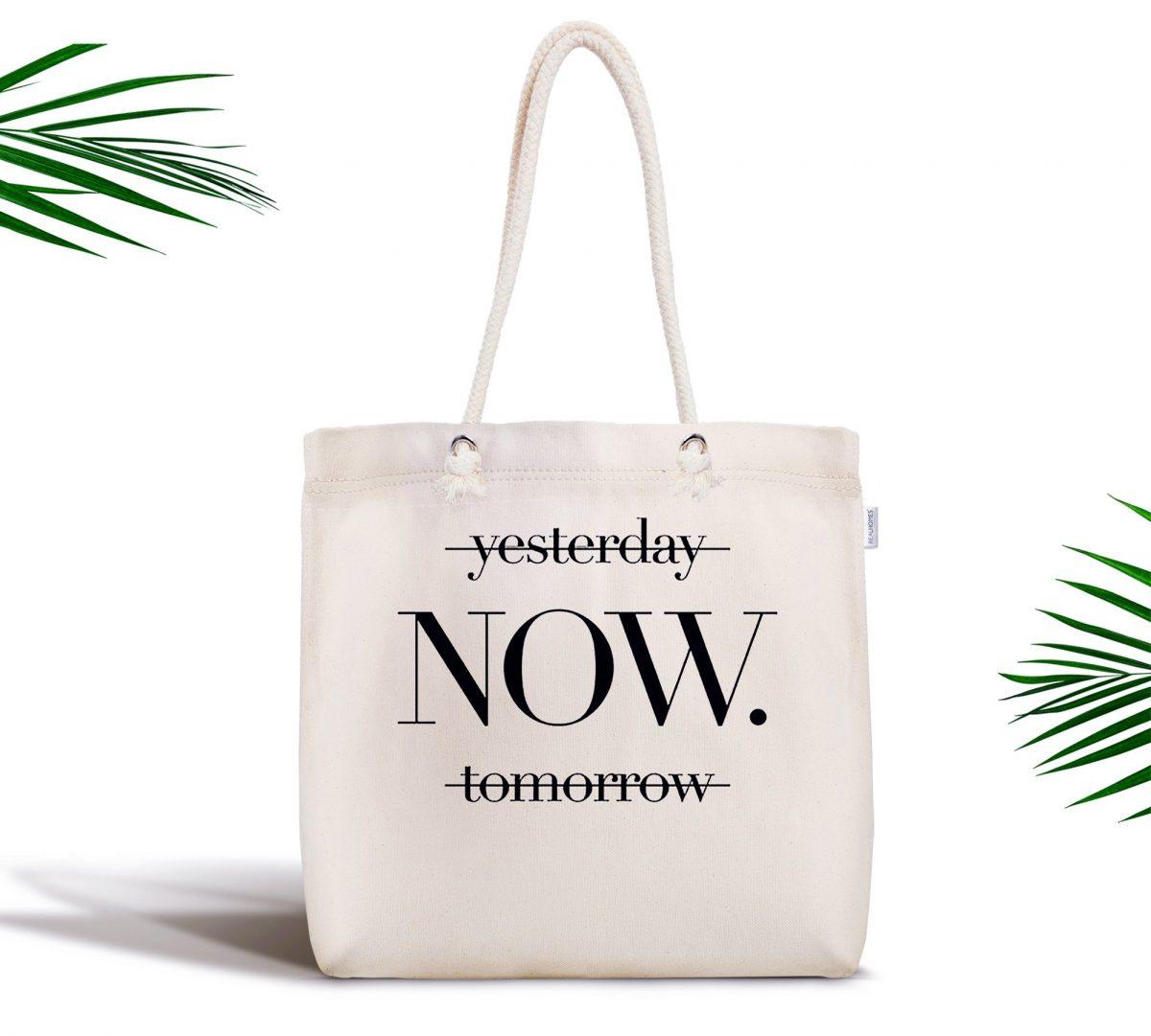 Yesterday Tomorrow NOW Yazılı Dijital Baskılı Fermuarlı Kumaş Çanta Realhomes