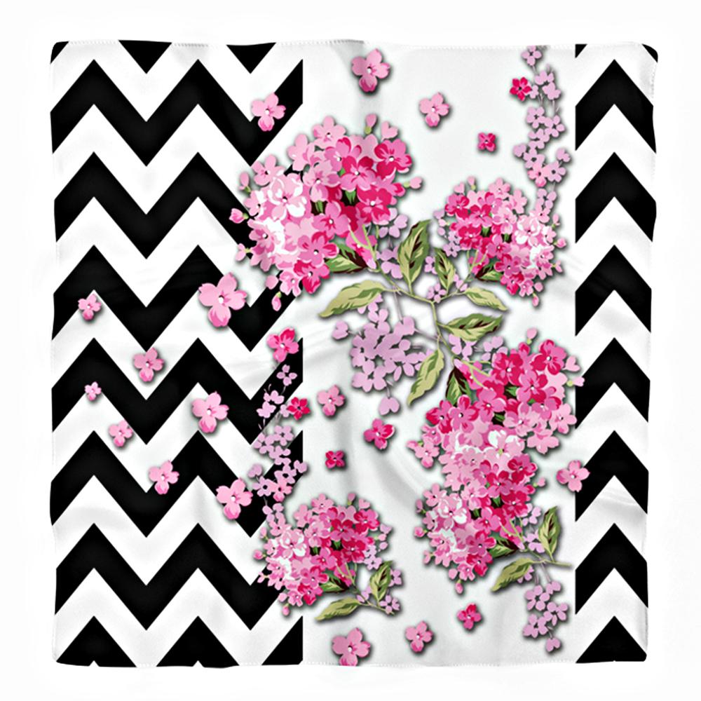 Siyah Zigzag Zeminde İlkbahar Çiçekleri Temalı Tivil Eşarp Realhomes