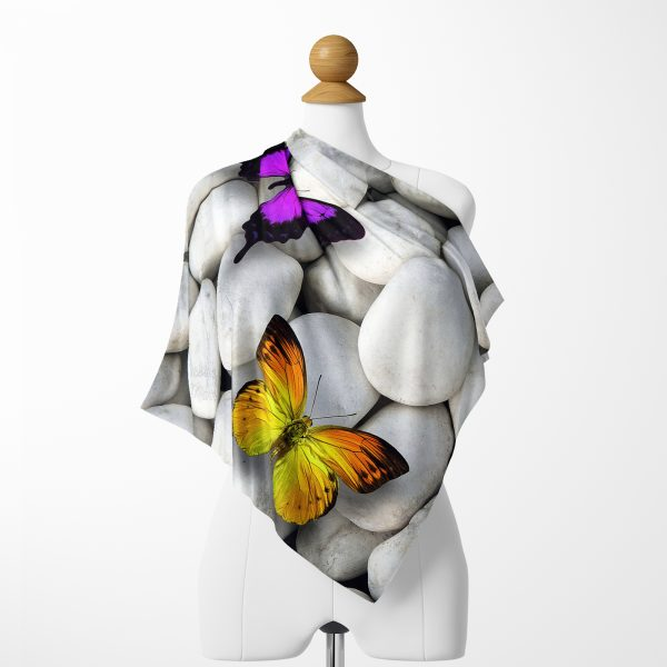 Taş ve Kelebek Motifli Özel Tasarım Dijital Baskılı Tivil Eşarp Realhomes