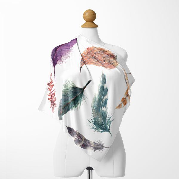 Beyaz Zeminde Renkli Tüyler Özel Tasarımlı İpeksi Twill Eşarp Realhomes
