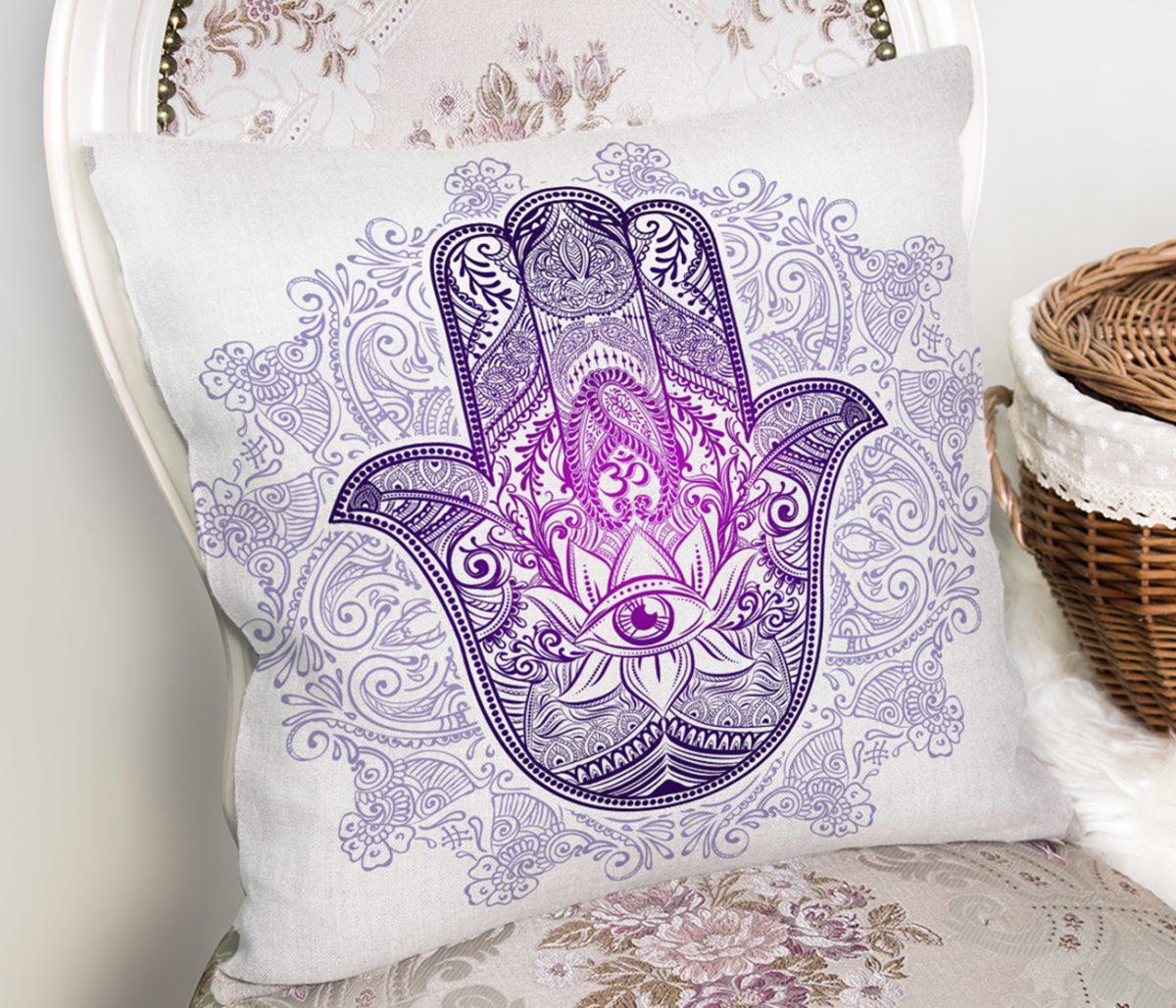 Mandala İçinde Fatma'nın Bereket Eli Motifli Kırlent Kılıfı Realhomes