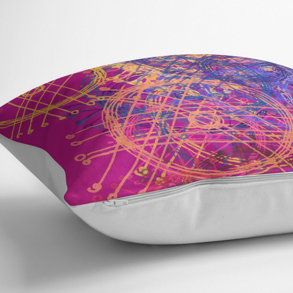 Mor Zeminde Geometrik Çizgi Tasarımlı Dekoratif Kırlent Kılıfı Realhomes