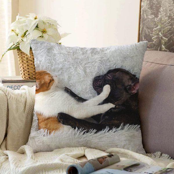 Köpek ve Kedili Dijital Baskılı Modern Çift Taraflı Şönil Yastık Kırlent Kılıfı - 55 x 55 cm Realhomes