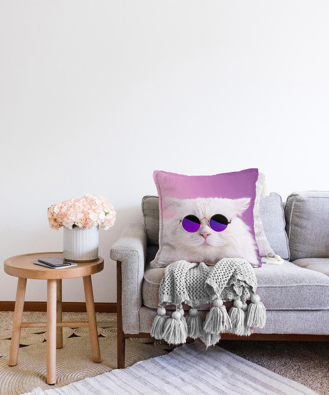 Çift Taraflı Gözlüklü Kedi Desenli Dijital Baskılı Modern Şönil Yastık Kırlent Kılıfı - 55 x 55 cm Realhomes