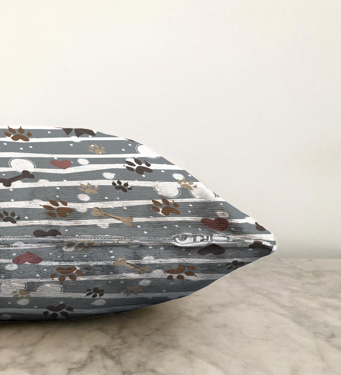 Çift Taraflı Gri Çizgili Zeminde Pati İzli Dijital Baskılı Modern Şönil Yastık Kırlent Kılıfı - 55 x 55 cm Realhomes