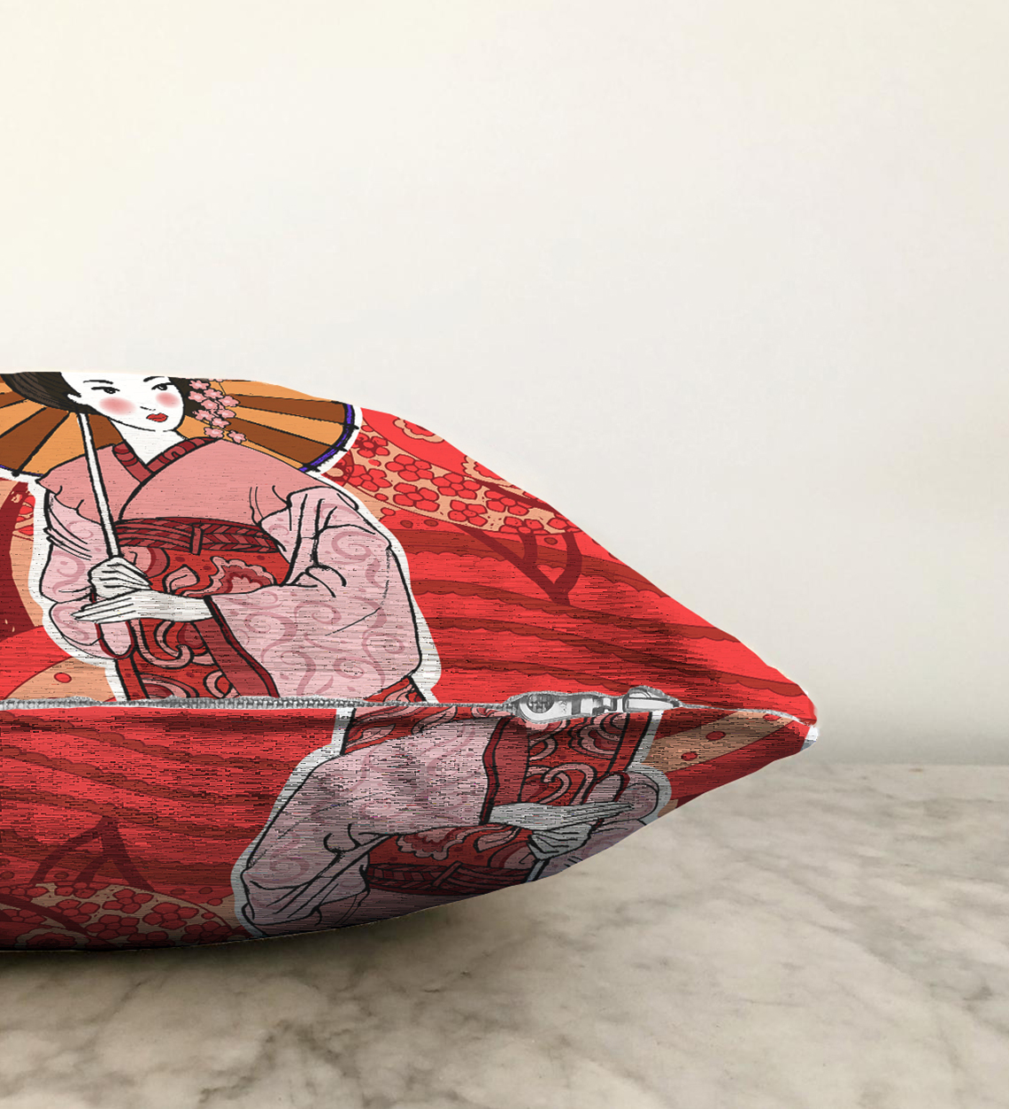 Çift Taraflı Kahverengi Şemsiyeli Japon Bayan Motifli Dijital Baskılı Şönil Kırlent Kılıfı - 55 x 55 cm Realhomes