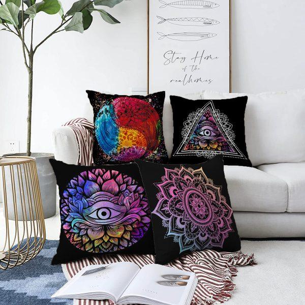 Siyah Zeminde Rengarenk Mandala Motifli Çift Taraflı Dijital Baskılı 4'Lü Şönil Kırlent Kılıf Seti - 55 x 55 cm Realhomes