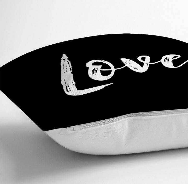 Siyah Zeminde Love Yazılı Dekoratif Yastık Kırlent Realhomes