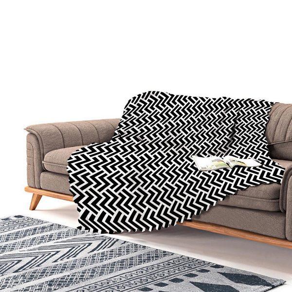 Realhomes Siyah Beyaz Geometrik Desenli Dijital Baskılı Şönil Koltuk Örtüsü Realhomes