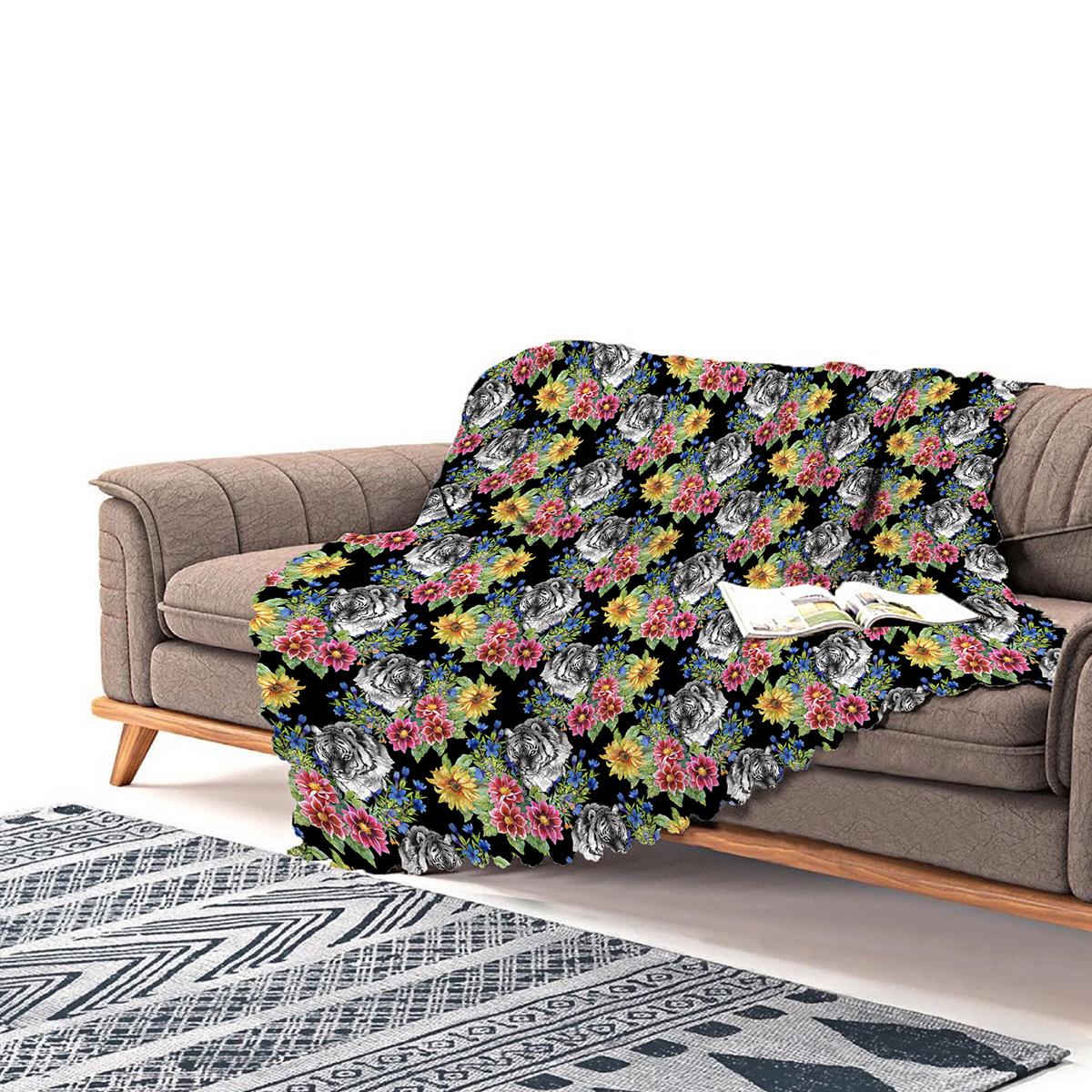 Realhomes Siyah Zeminde Leopar Ve Çiçekler Özel Tasarım Şönil Koltuk Şalı Realhomes
