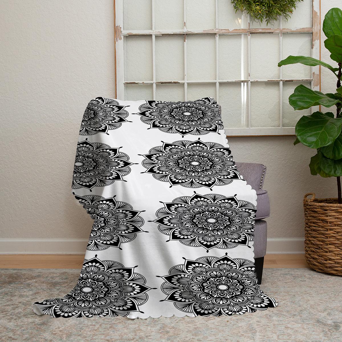 Realhomes Beyaz Zeminde Çiçek Mandala Desenli Şönil Koltuk Şalı Realhomes