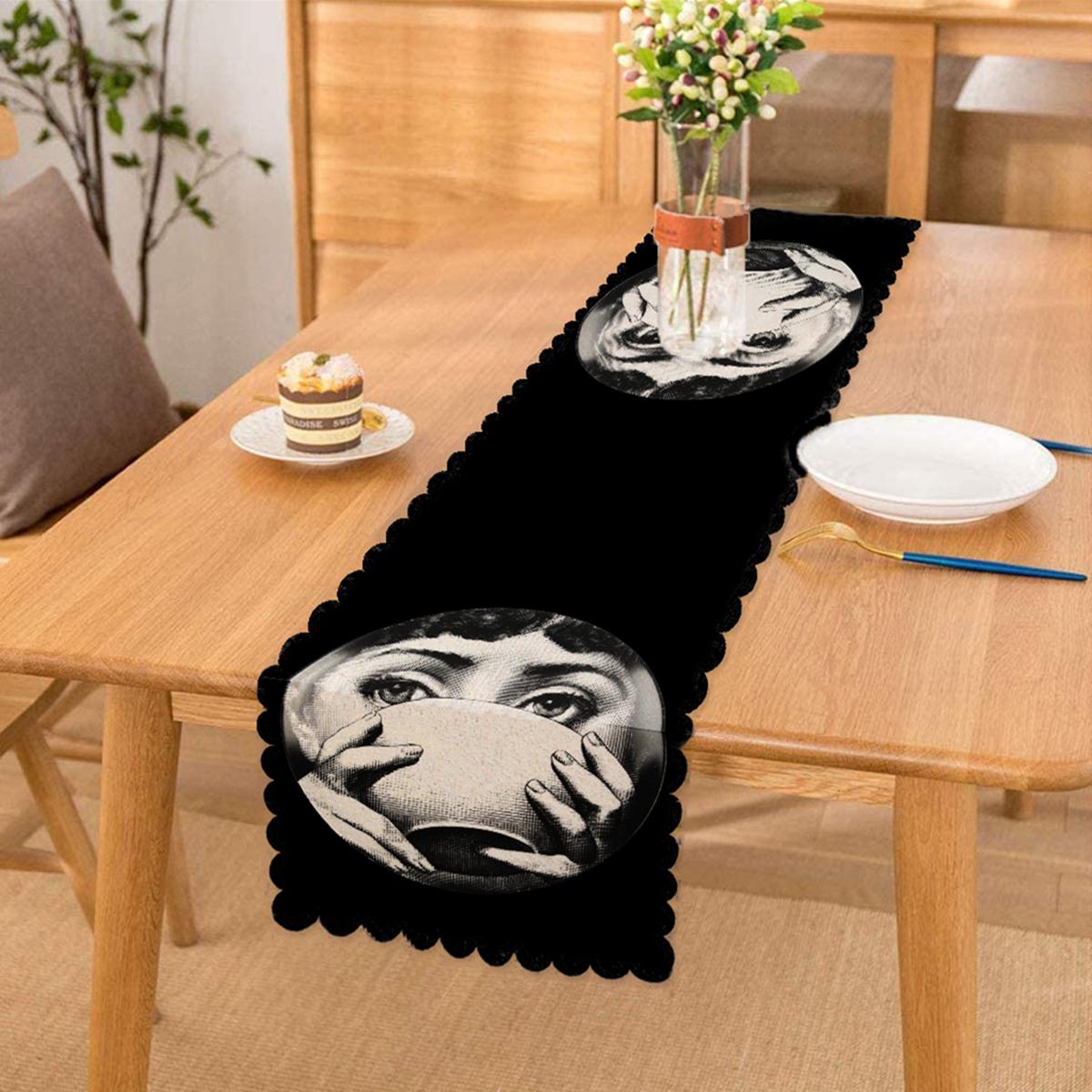 Siyah Beyaz Fornasetti Tasarımlı Dijital Baskılı Runner Realhomes
