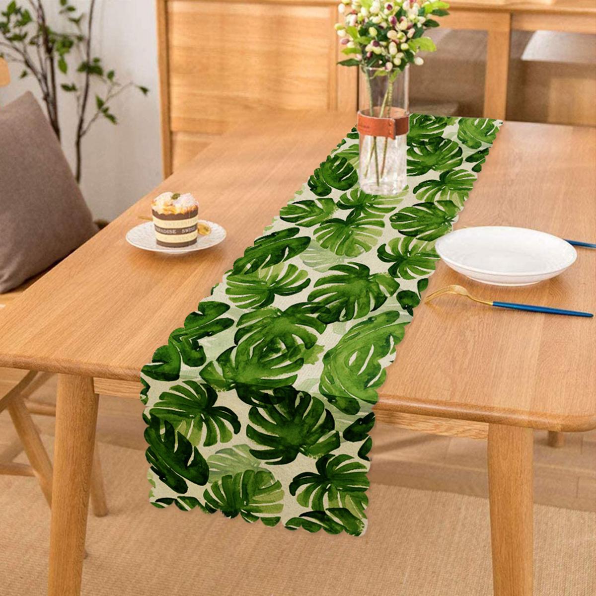 Suluboya Zambak Yaprakları Çizimli Özel Tasarım Runner Realhomes