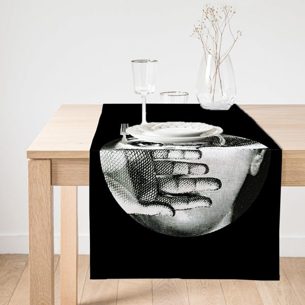 Realhomes Siyah - Beyaz Fornosetti Tasarımlı Modern Dekoratif Süet Runner Realhomes