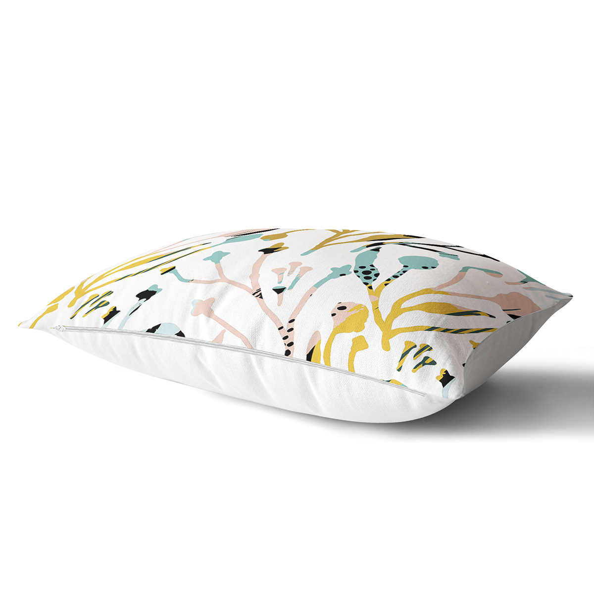 Beyaz Zemin Üzerinde Pastel Renkli Çiçek Desenli Modern Dikdörtgen Yastık Kırlent Kılıfı Realhomes