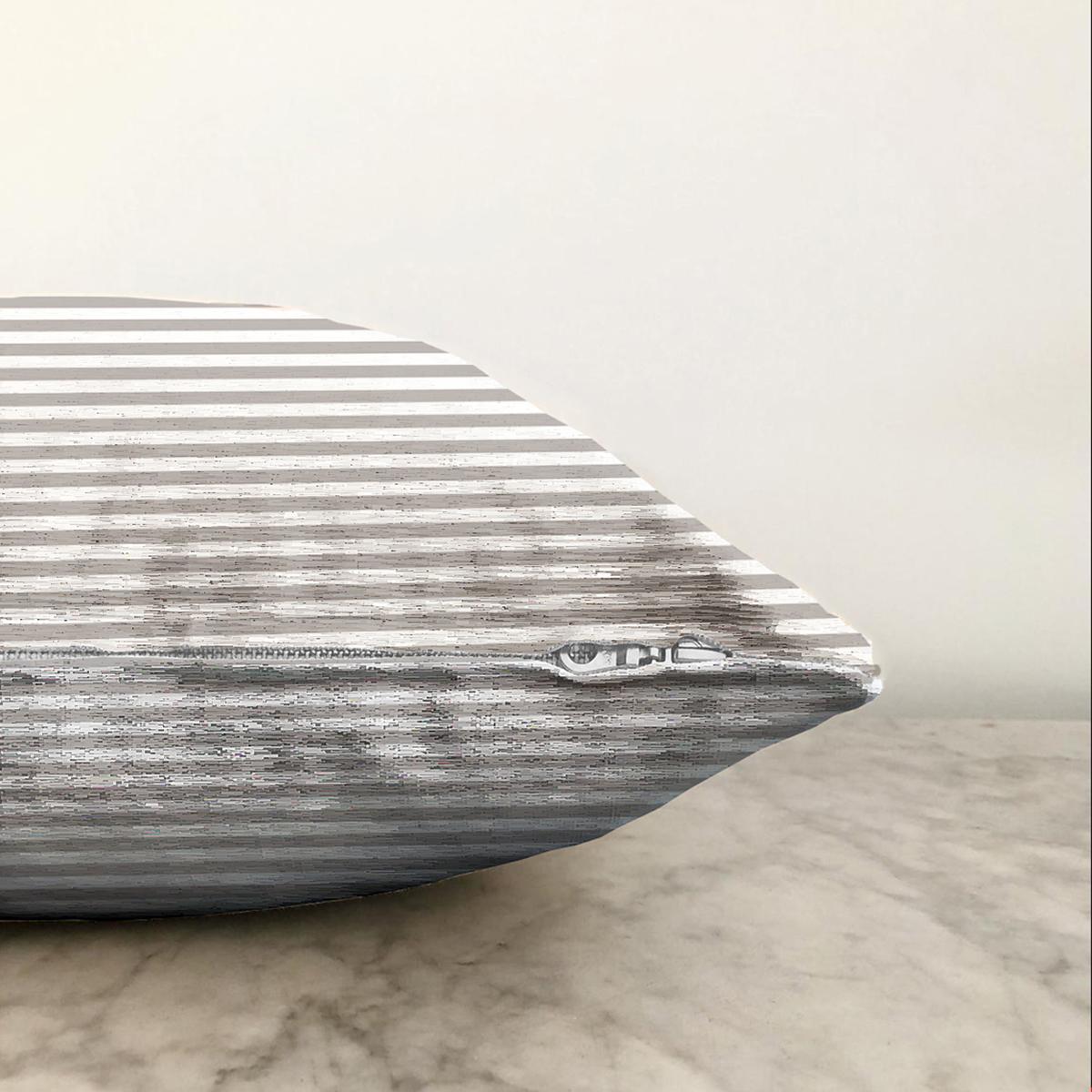 Çift Taraflı Beyaz Zemin Üzerinde Gri Çizgili Geometrik Desen Modern Şönil Yastık Kırlent Kılıfı Realhomes
