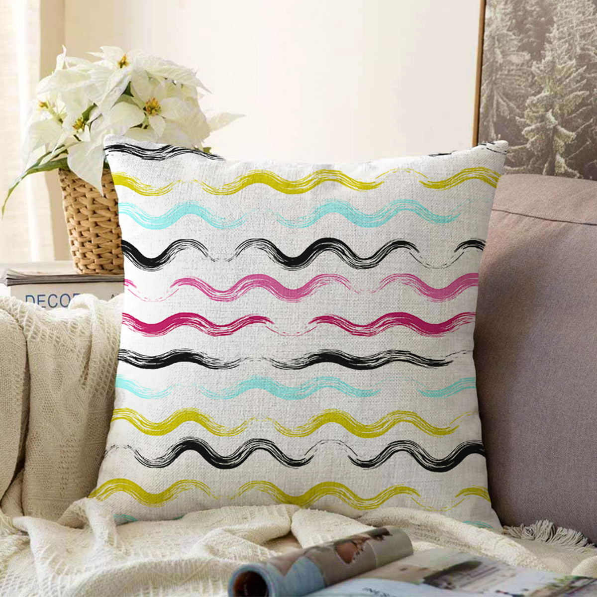 Çift Taraflı Beyaz Zemin Üzerinde Renkli Modern Zigzag Desenli Modern Şönil Yastık Kırlent Kılıfı Realhomes