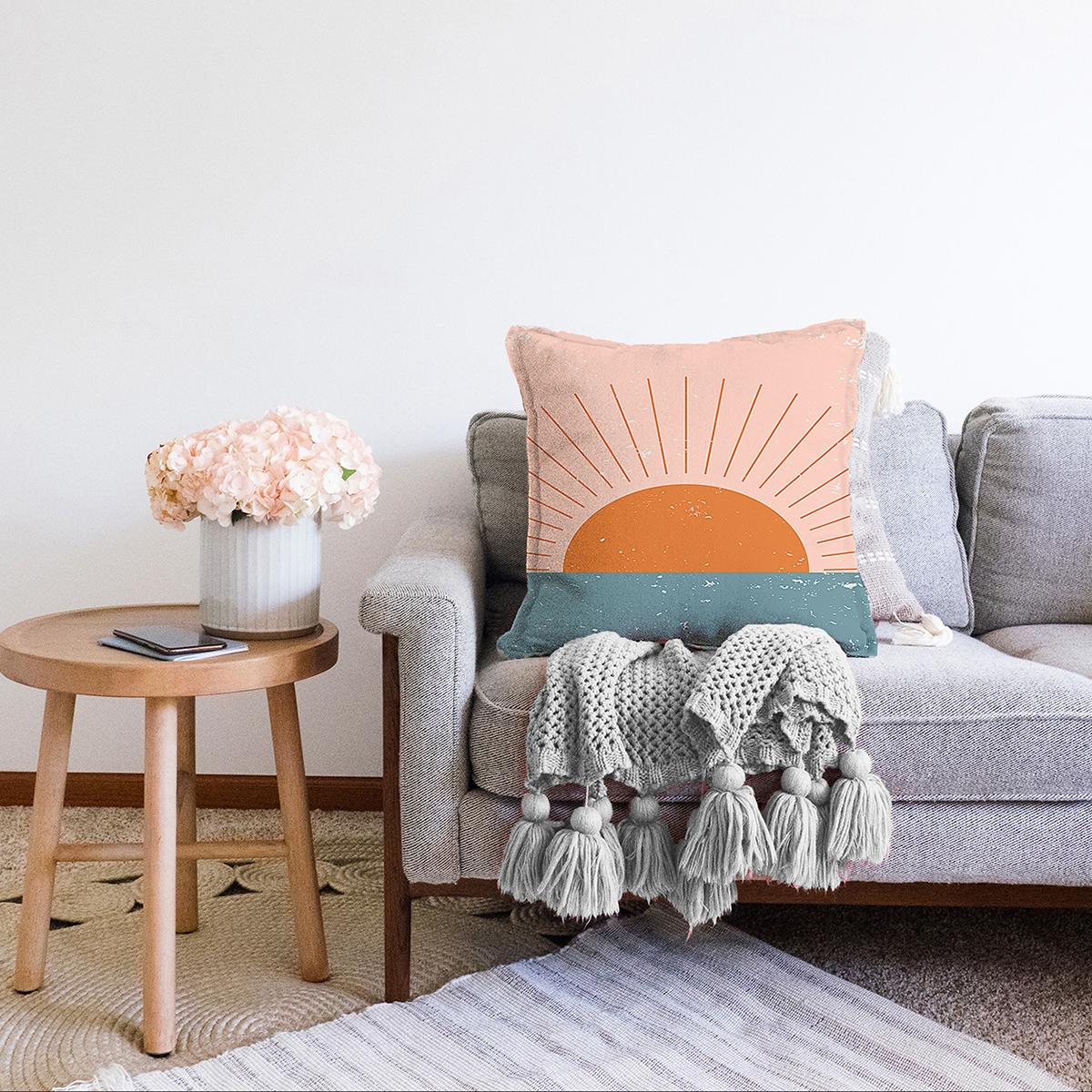 Çift Taraflı Pastel Zemin Üzerinde Güneş Desenli Dijital Baskılı Modern Şönil Yastık Kırlent Kılıfı Realhomes