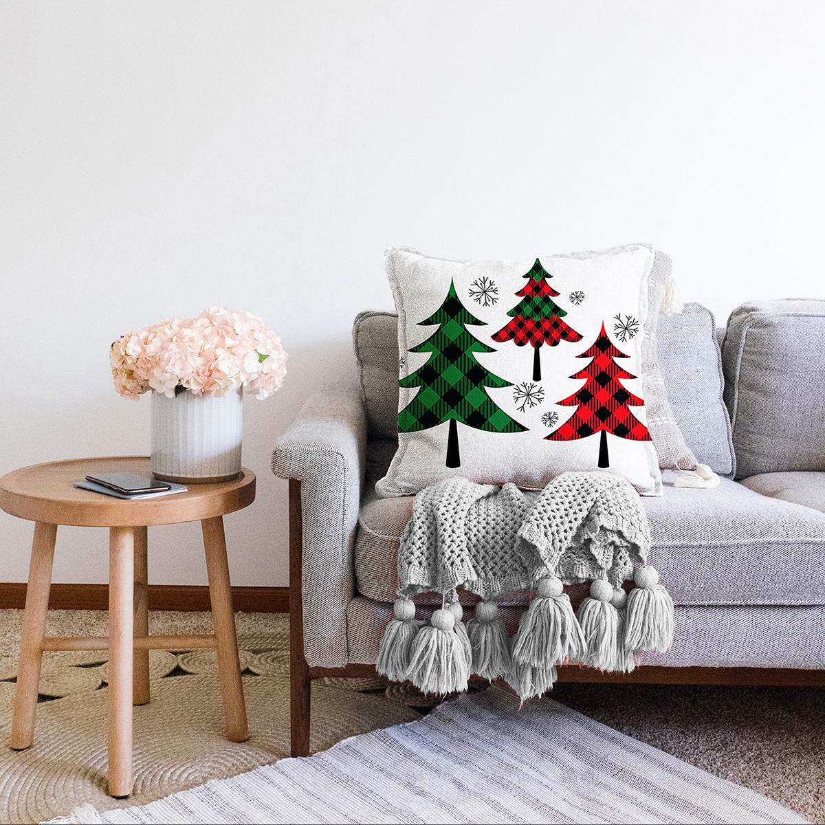 Çift Taraflı Beyaz Zemin Üzerinde Ekose Desenli Çamağacı Motifli Şönil Yastık Kırlent Kılıfı Realhomes