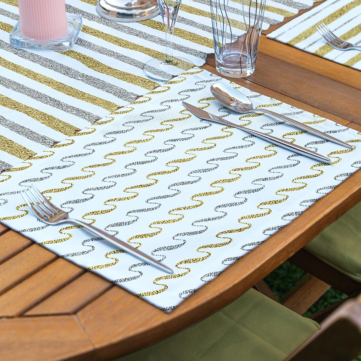 4+1 Beyaz Zeminli Gold Detaylı Geometrik Çizimli Amerikan Servis & Runner Seti Realhomes